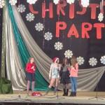"""Сценка под названием «Once Upon a Christmas», в содержании сценки песня «When Christmas Comes to Town», танец Рождественского Эльфа в стиле хип-хопа, песня «Beautiful Christmas», группы """"Bugs"""" и """"Wild"""" (Мартыненко К.Ю.)"""