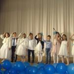 2. Группы Lovely и Fairyland - песня «Little Snowflake» (Лисина И.В.)
