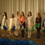 4. Группы «Disney» и «Rainbow» - песня «Hello, Reindeer!» (Лисина И.В.)