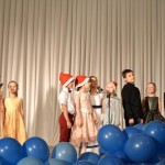 7. Группы Real и Famous - песня «We wish you a merry Christmas?» (Захматова Э.Э.)